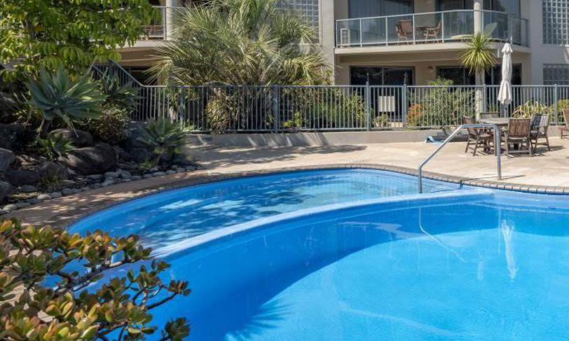 The Reef Apartments | Mount Maunganui | Heated Outdoor Spa Pool