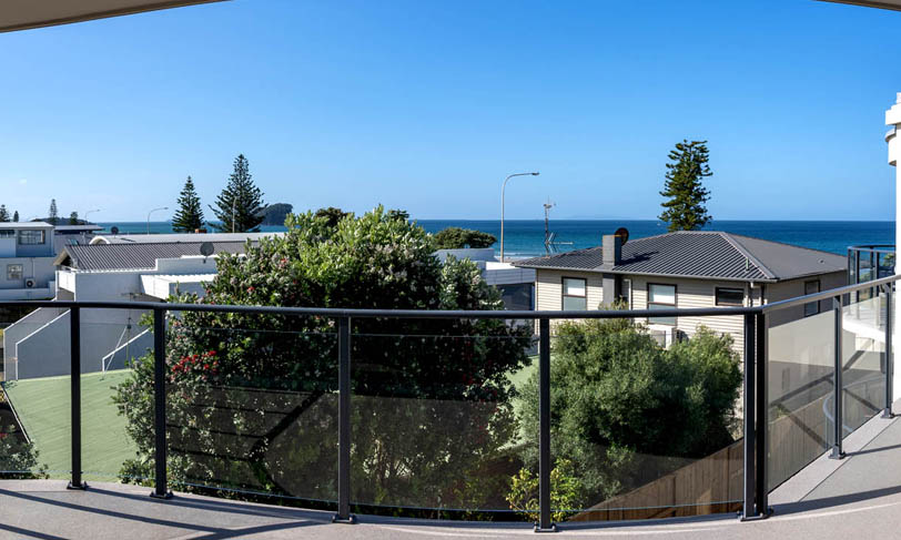 2 bedroom sea view apartment at the reef apartments, mount maunganui